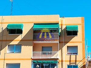 Toldos extensibles para balcones en Vallecas